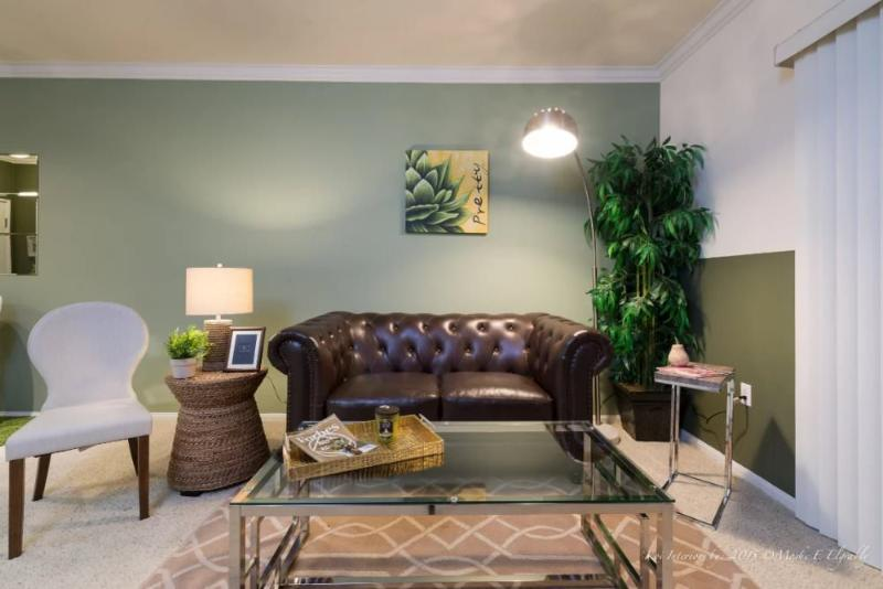 Fully Furnished 1 Bedroom Westlake Apartment With Great Amenities - Image 1 - Los Angeles - rentals