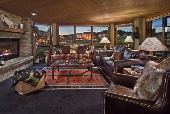"Spacious living room - ""Great Powder"" Specials - save up to 25% at Chateau Chamonix - Chartreuse - Steamboat Springs - rentals"
