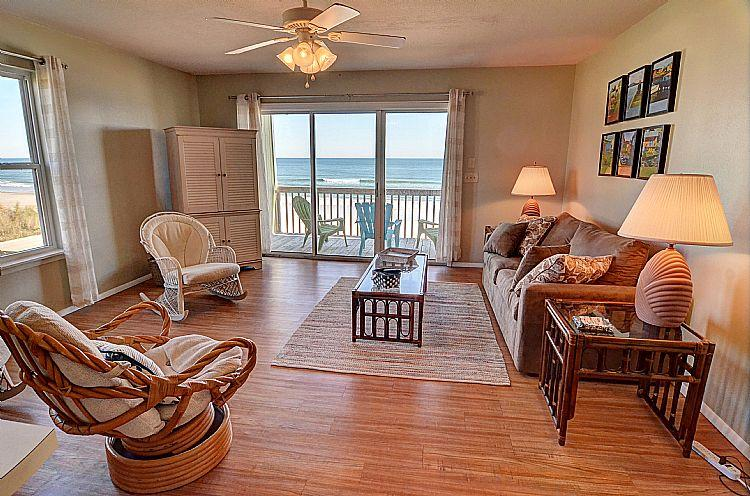Living Room - Surf Condo 126 - Majestic Ocean View, Simple Design, Pool, Beach Access, Onsite Laundry - Surf City - rentals