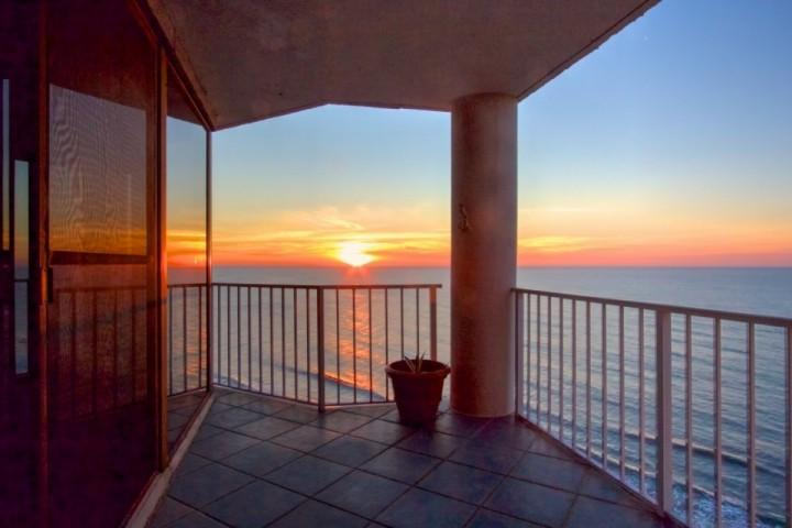 Enjoy the beautiful sunrise from a huge balcony - One Ocean Place Penthouse - Murrells Inlet - rentals