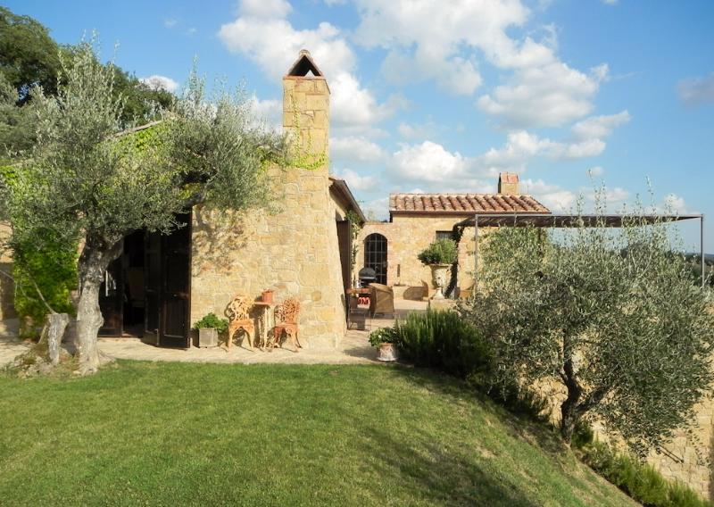 Villa Leccetino - Image 1 - Pienza - rentals