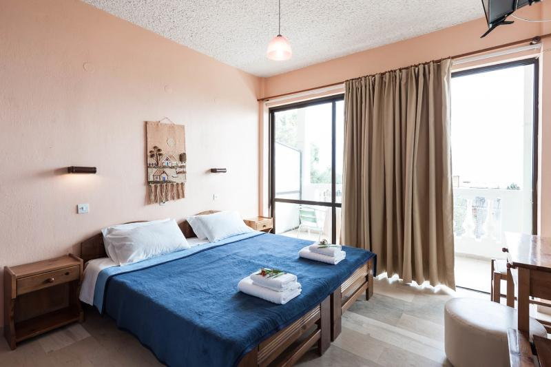 The Master Bedroom - Andromaches Holiday Apartment Sea view studio 2Pax - Corfu Town - rentals