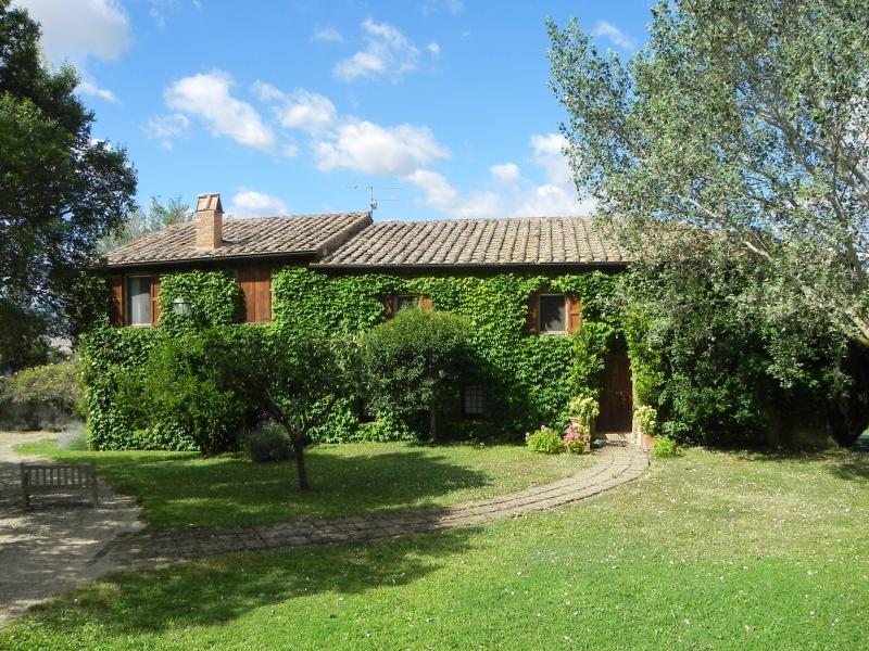 6 bedroom villa with pool in panoramic position near Pienza, Tuscany. - Villa Manafiore - Monticchiello - rentals