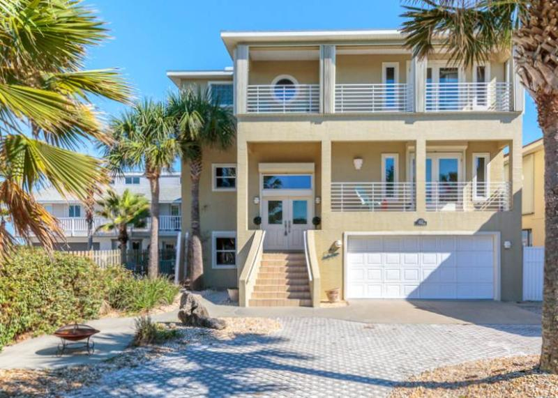Sea Turtle, 4 Bedrooms, Beach Front, Pet Friendly, WiFi, Sleeps 14 - Image 1 - Flagler Beach - rentals