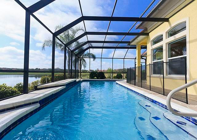 Golden Goose, 5 Bedrooms, Private Pool, Pet Friendly, WiFi, Sleeps 10 - Image 1 - Palm Coast - rentals