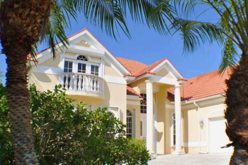 Front - Villa Chandon - Luxury Lakeside Living - Cape Coral - rentals