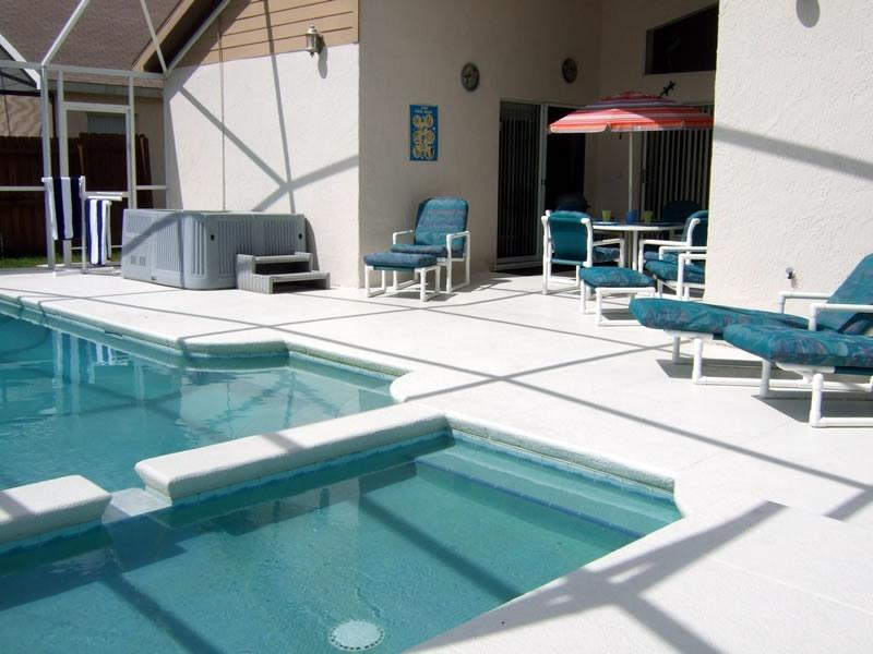 Large Pool Area - Luxury Family Pool Home Close to the Theme Parks - Kissimmee - rentals
