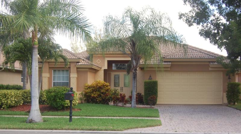 Front view of home - Naples Florida Briarwood Gated Community-All New - Naples - rentals