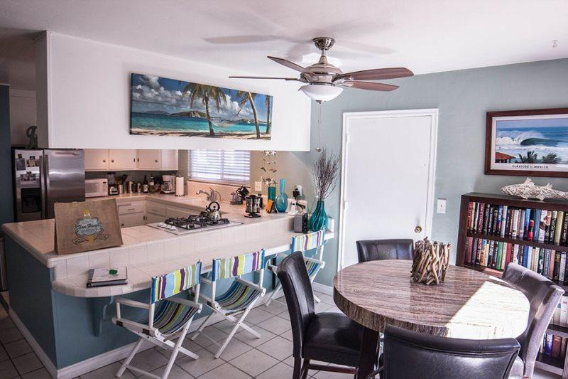 Private Bayside Getaway with Large Patio. Family and Pet friendly - Image 1 - Mission Beach - rentals