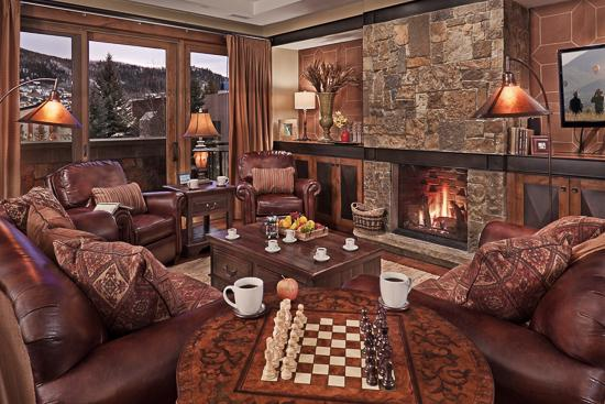 "Spacious living room - ""Great Powder"" Specials - save up to 25% at One Steamboat Place - Three Forks - Steamboat Springs - rentals"