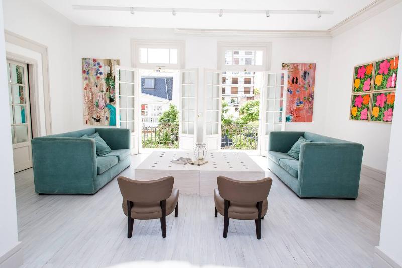 Sensational 4 Bedroom Apartment in Palermo Chico - Image 1 - Buenos Aires - rentals