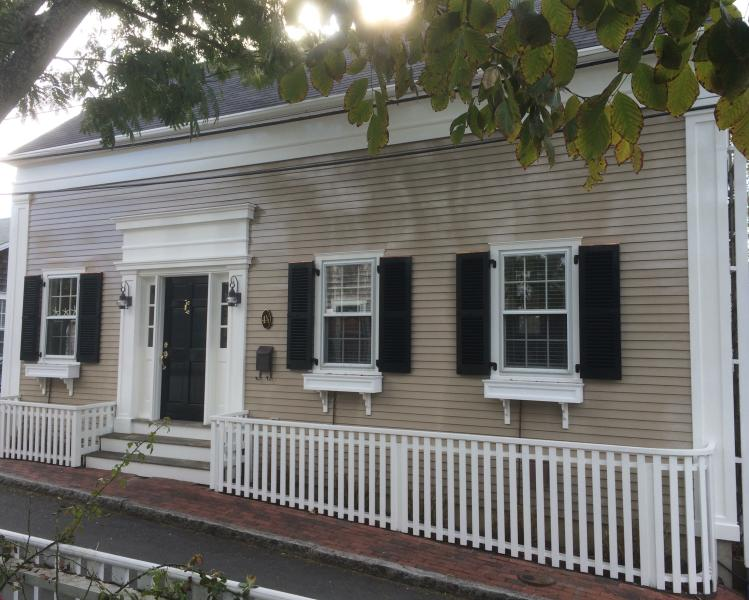"New rebuilt ""antique"" a couple of blocks from town - Image 1 - Nantucket - rentals"