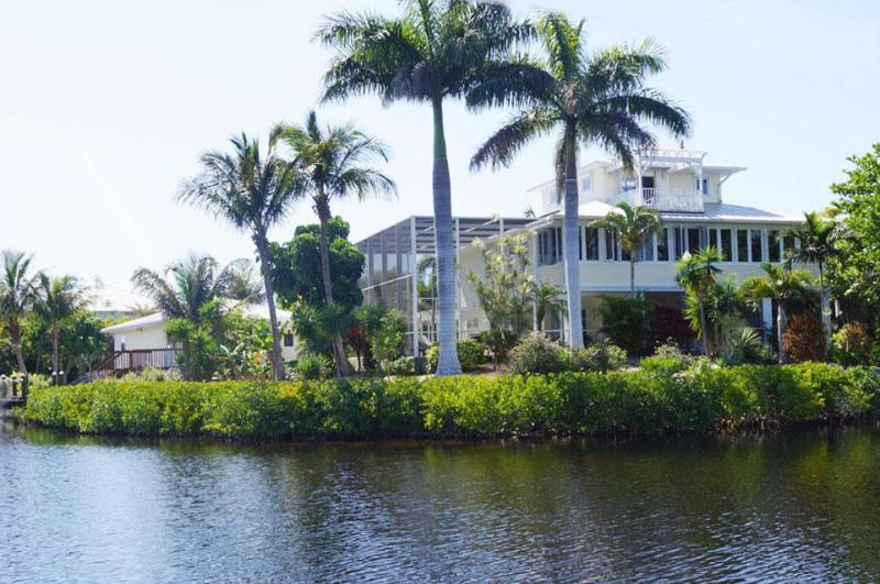 Villa Secret Garden - Villa Secret Garden incl. boat on Pine Island - Bokeelia - rentals