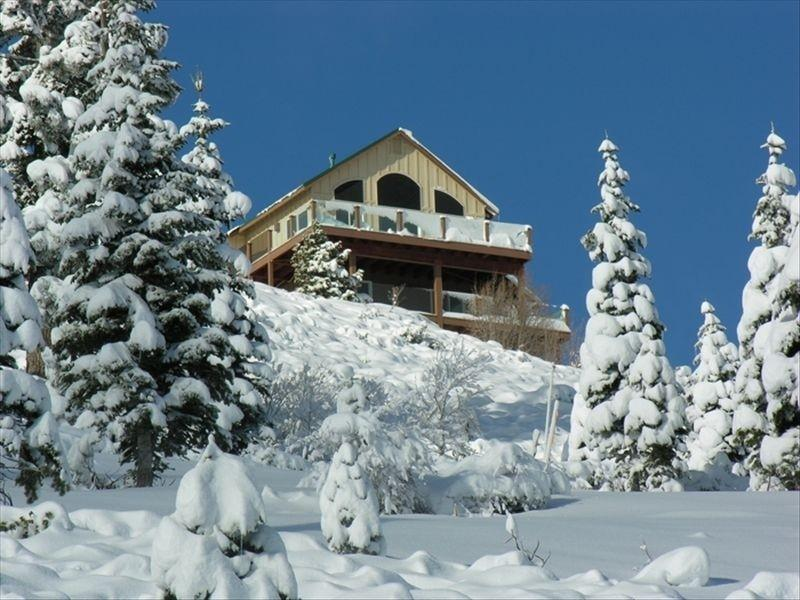 "Alta Vista Chalet as seen from ""Skislope Way"" below - Alta Vista Chalet -- stunning panoramic vistas - Truckee - rentals"