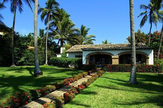 Front of hacienda - On the Beach, full sized home - Bucerias - rentals