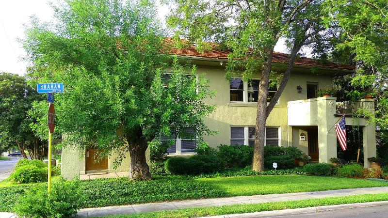 Historic Urban Duplex Mansion w/ Pool Awesome! - Image 1 - San Antonio - rentals