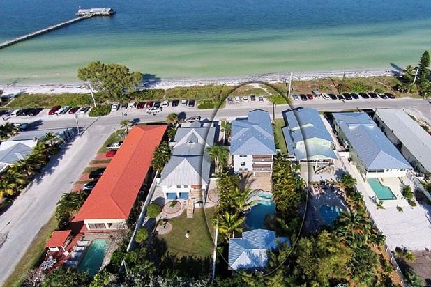 MARCH & EASTER AVAIL  8 bed 6 bath HEATED pool spa - Image 1 - Anna Maria - rentals