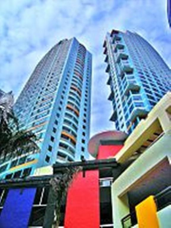 One Central Park Condo Eastwood, QC, Manila - Condo - 2 Br 2 T/B - Eastwood Quezon City / Manila - Quezon City - rentals