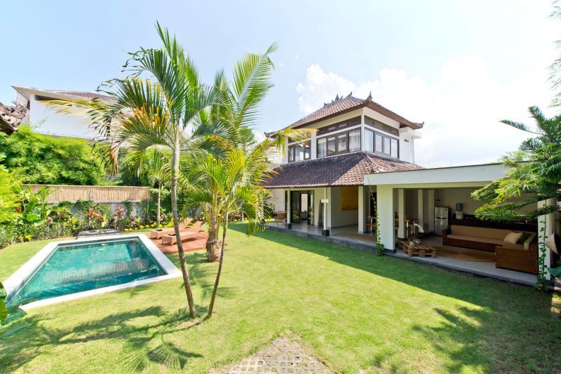 Purnama, 2BR Villa, Large Garden & Pool - Seminyak - Image 1 - Seminyak - rentals