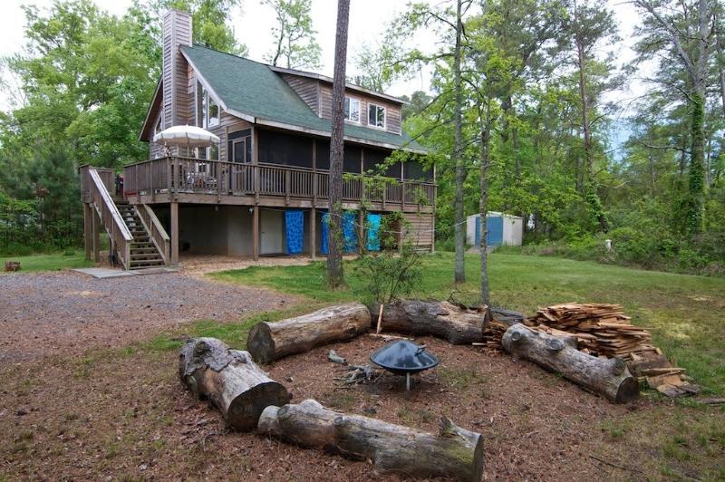 Cedar Beach Lodge - Cedar Beach Lodge is a Modern Year-Round - Lusby - rentals
