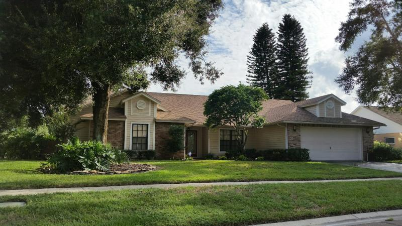 BEAUTIFUL VACATION RENTAL IN TAMPA BAY AREA - Image 1 - Valrico - rentals