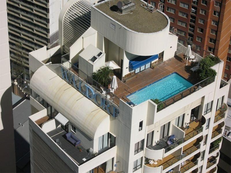 Rooftop Pool - Waldorf Sydney CBD Serviced Apartments - Sydney - rentals