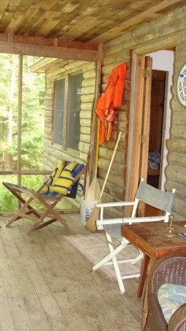 screened porch overlooks lake - Lakefront Log Cabin - Bremen - rentals