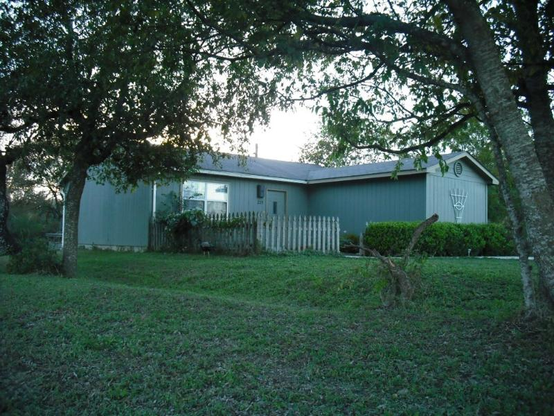 Front View of Guest House - Peaceful River Guest House - San Marcos - rentals
