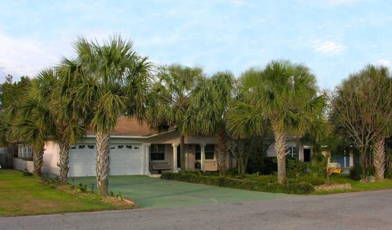 The Big Beach House, 5 Bedroom, 4 Bathroom - Big 5 Bedroom Beach House with Pool, Jacuzzi, and Game Room - Panama City Beach - rentals