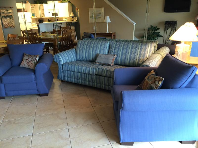 New Queen Size Sofa Sleeper & 2 Chairs - Maravilla Condo-3 BR Price of 2- Early June Discount - Miramar Beach - rentals