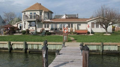 Waterfront in the morning - Chesapeake Bay Luxury Vacation Home, 5 Star - Grasonville - rentals