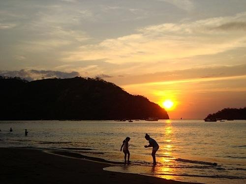 Playas del Coco sunset - A  Unforgettable Family Vacation by Ocean Beach - Playas del Coco - rentals