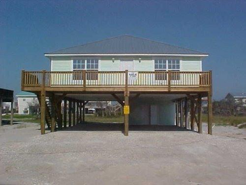 Front of House - Ft Morgan Beach Home - Reel-em-Inn - 4 BR/3BA - Fort Morgan - rentals
