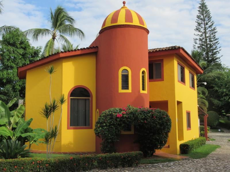 Casa Connie - BUCERIAS 3BR GOLF VACATION RENTAL - Flamingos - rentals
