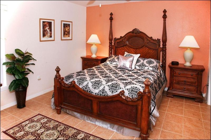 Master Queen Bedroom - Great Review-40% off last minute-HDTV-Wii - Four Corners - rentals
