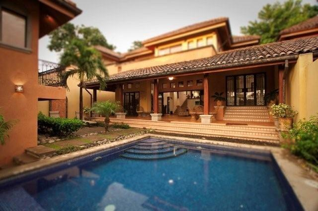 Luxurious 4 BR Villa Private Pool Tamarindo Beach - Image 1 - Tamarindo - rentals