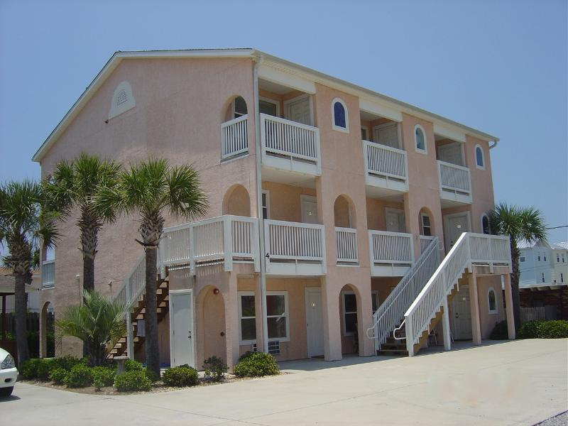 Beautiful 1 BD Condo- Lowest Rates on Beach! - Image 1 - Panama City - rentals