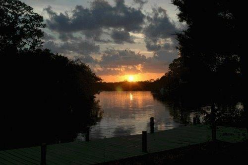 Sunset view from our backyard - Private Bay Waterfront Retreat - New Port Richey - rentals