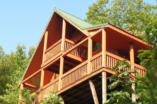 View from neighbors yard - Spring special: Only   129/nt.; Great view & cabin - Sevierville - rentals