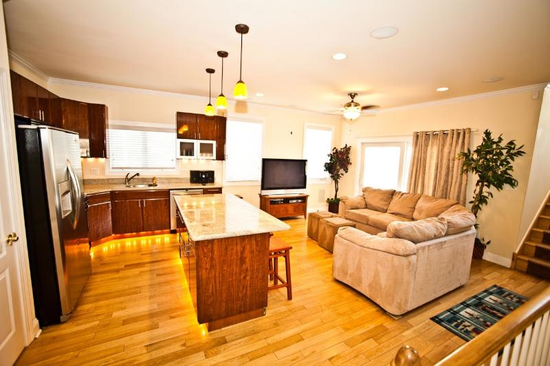 "Kitchen and Living Room is Just Incredible! 50"" Plasma HDTV with Free HD HBO! - The ""Top End Townhomes!"" Great Views On Roof Deck! - Atlantic City - rentals"