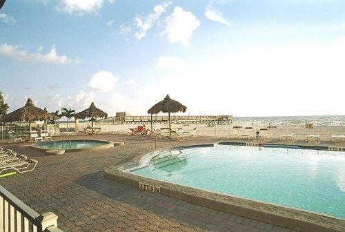 Ocean front Heated Pool & Jacuzzi - 3Br On The Beach**PERFECT FOR A FAMILY VACATION* - Indian Shores - rentals