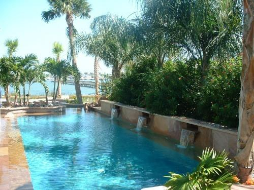 Pool (LBC) - LITTLE BAY CLUB ON THE BAY IN HISTORIC ROCKPORT TX - Rockport - rentals