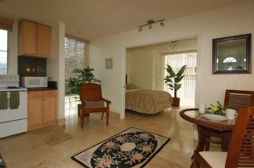 6 Identical Luxury One Bedroom Units Available - ELEGANTLY AFFORDABLE CONDOS BY WAIKIKI BEACH - Honolulu - rentals