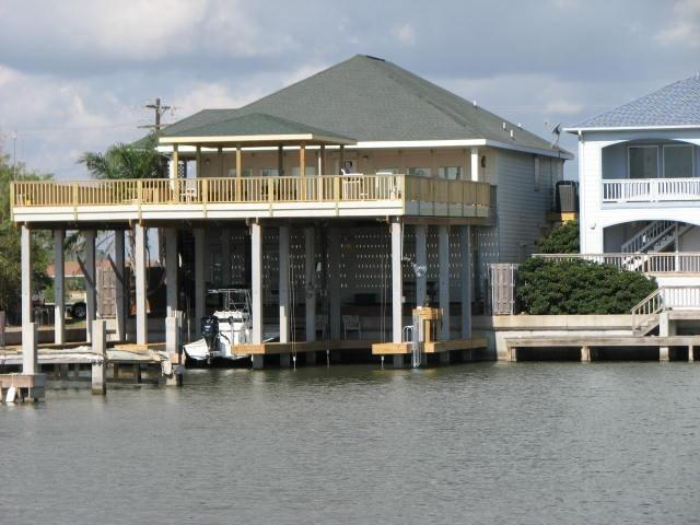 New boatdocks Port Mansfield Texas - waterfront,piers/boatslips,lifts Port Mansfield Tx - Port Mansfield - rentals