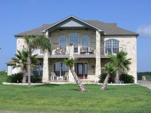 The Texas Court House!!! - Texas Court House - Fishing, Boating, Kayaking - Point Comfort - rentals