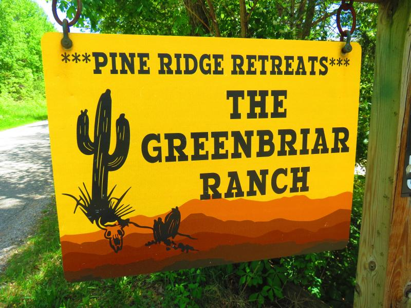 The Greenbriar Ranch - PINE RIDGE RETREAT-PRIVACY ON 32 ACRES- Southern Ohio/Pike State Forest - Bainbridge  Ross County - rentals