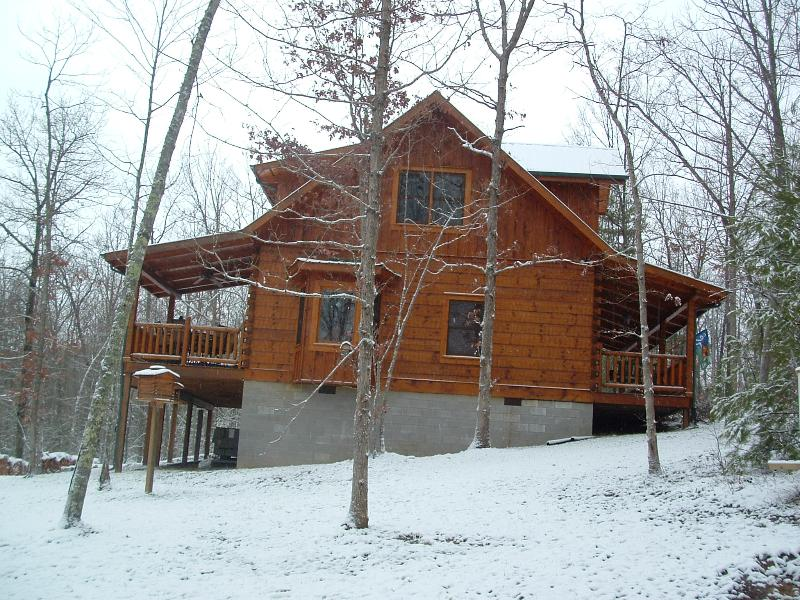 Second Nest Cabin Side - Log Cabin Retreat Big South Fork Park Tennessee - Jamestown - rentals