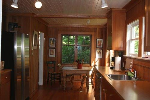 Galley-Style Kitchen - Historic Craftsman Bungalow In Gearhart, Oregon - Seaside - rentals