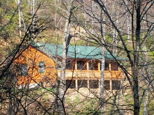 Front View Of Cabin - MOUNTAIN VIEW HIDEAWAY /CABIN /See our reviews! - Maggie Valley - rentals