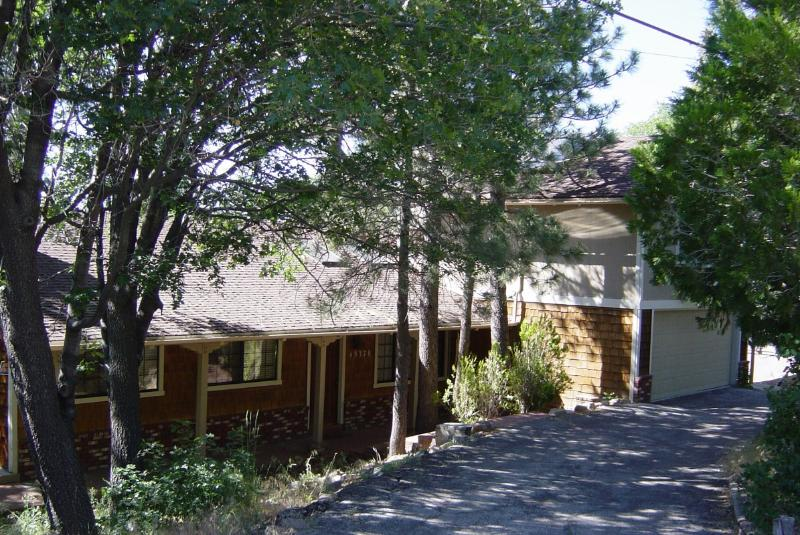 Fron view - Adorable mountain house w/ WiFi &pool table & more - Big Bear Lake - rentals